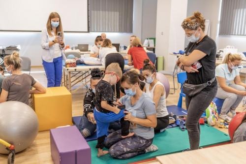 Relacja z szkolenia dziecko z hipotonia Liana Milioti oraz Kyriakos Atmatzakis (39)
