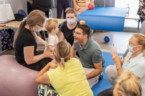 Relacja z szkolenia dziecko z hipotonia Liana Milioti oraz Kyriakos Atmatzakis (46)