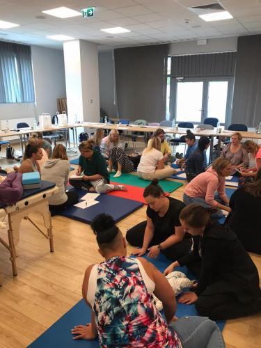 Relacja z szkolenia dziecko z hipotonia Liana Milioti oraz Kyriakos Atmatzakis (58)