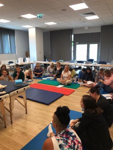 Relacja z szkolenia dziecko z hipotonia Liana Milioti oraz Kyriakos Atmatzakis (59)