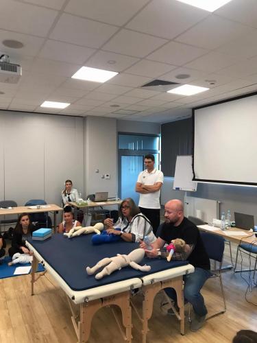 Relacja z szkolenia dziecko z hipotonia Liana Milioti oraz Kyriakos Atmatzakis (61)
