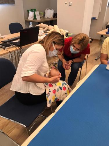 Relacja z szkolenia dziecko z hipotonia Liana Milioti oraz Kyriakos Atmatzakis (66)